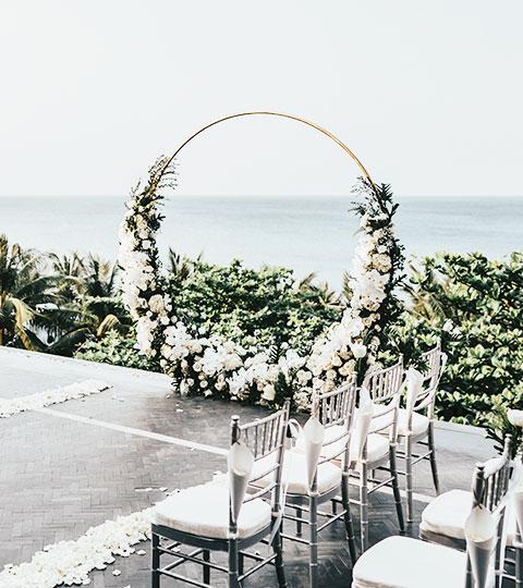 Da Nang Cliffside Wedding